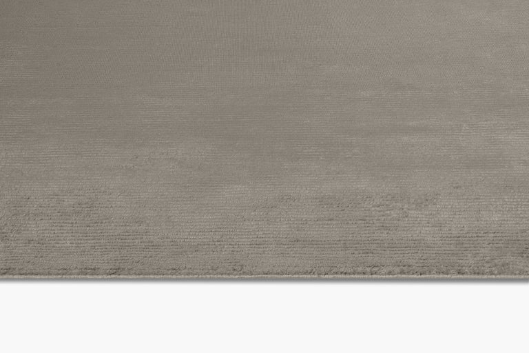 Ribbed Silk Rug – Wolf - color option