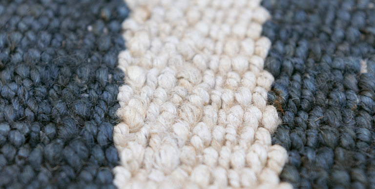 Banna Rug – Natural / Navy - color option