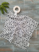 Teething Lovey- Black and White Aztec