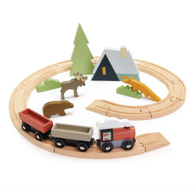 Treetop Train Set - TREEHOUSE kid and craft