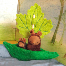 Load image into Gallery viewer, Fairyshadow Leaf Boat - TREEHOUSE kid and craft