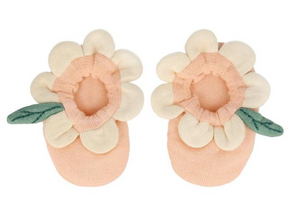 Peach Daisy Baby Booties - TREEHOUSE kid and craft
