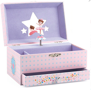 Treasure Box - TREEHOUSE kid and craft