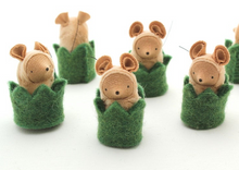 Load image into Gallery viewer, Little Critter in a Hedge Cozy - TREEHOUSE kid and craft
