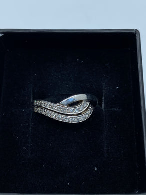 18ct White Gold & Diamond - HJ028