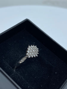 9ct White Gold & Diamond - HJ017