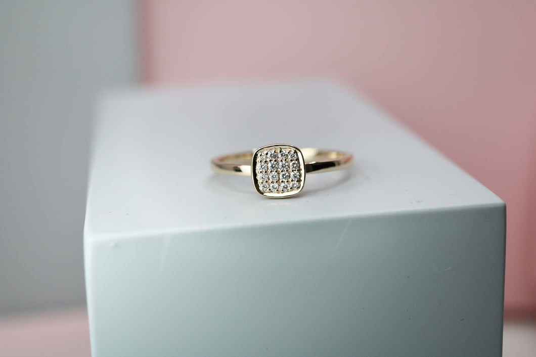 18ct Gold Geometric Pave Diamond Ring - HJ3012