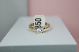 18ct Yellow Gold Diamond Engagement Ring - HJ2105