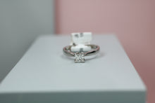 Load image into Gallery viewer, 18ct White Gold Diamond Ring 0.50ct - HJ2094
