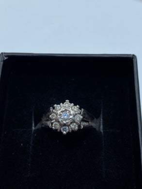 18ct White Gold & Diamond - HJ005