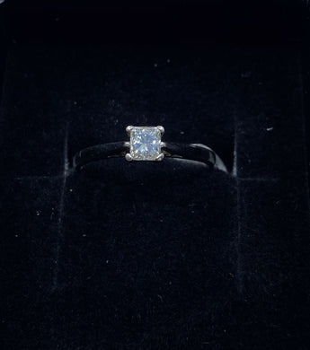 18ct White Gold & Diamond - HJ007
