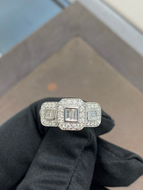 9ct White Gold & Diamond 0.50ct