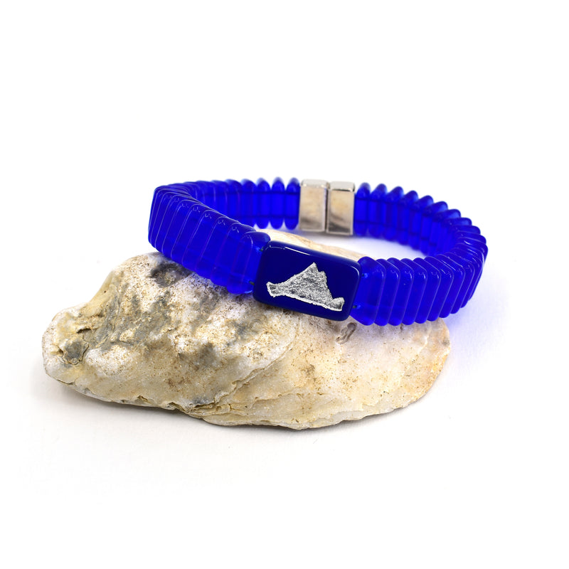 Magnetic Stack Bracelet in Sapphire Navy with Island Bead