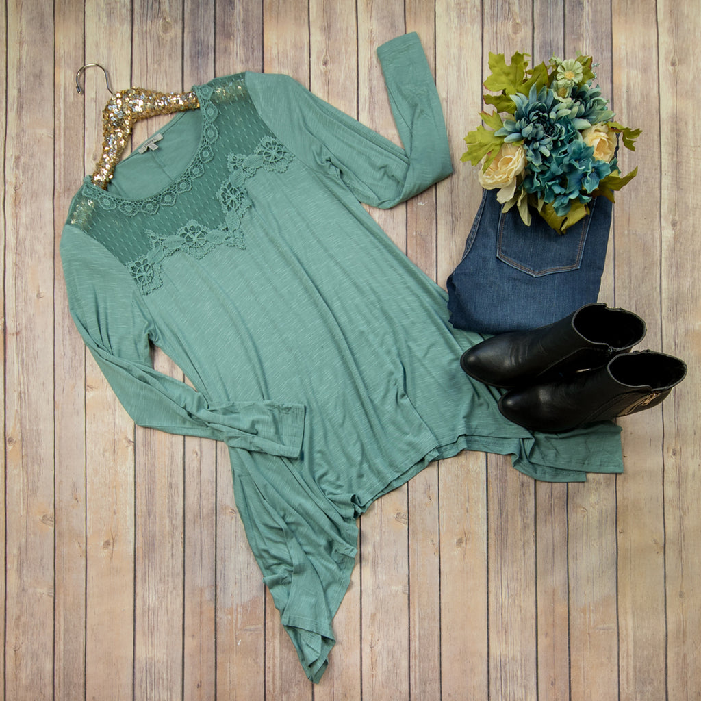 Lacey Teal Tee J2697 *ALL SALES FINAL