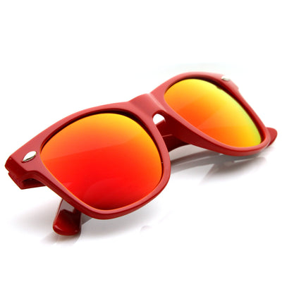 Retro Flash Mirrored Lens Horned Rim Sunglasses 8126