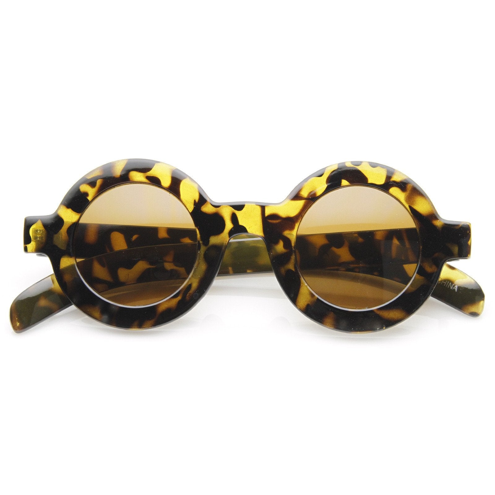 aaec68153ccb7 ... Trendy Blogger Women s Fashion Thick Round Sunglasses · White · White ·  Pink · Brown Tortoise · Black · Brown Tortoise · Yellow Tortoise
