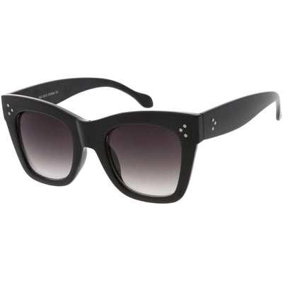 Women's Large Bold Horned Rim With Rivets Sunglasses C874
