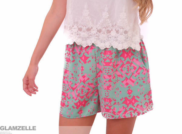 """Geo-ME-Trick"" Pink Green Loose Shorts"