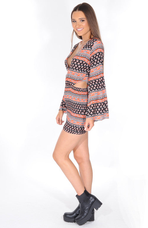 """Alluring Beauty"" Wide Arms Print Dress"