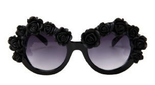 Life in black Baroque Sunglasses- Black