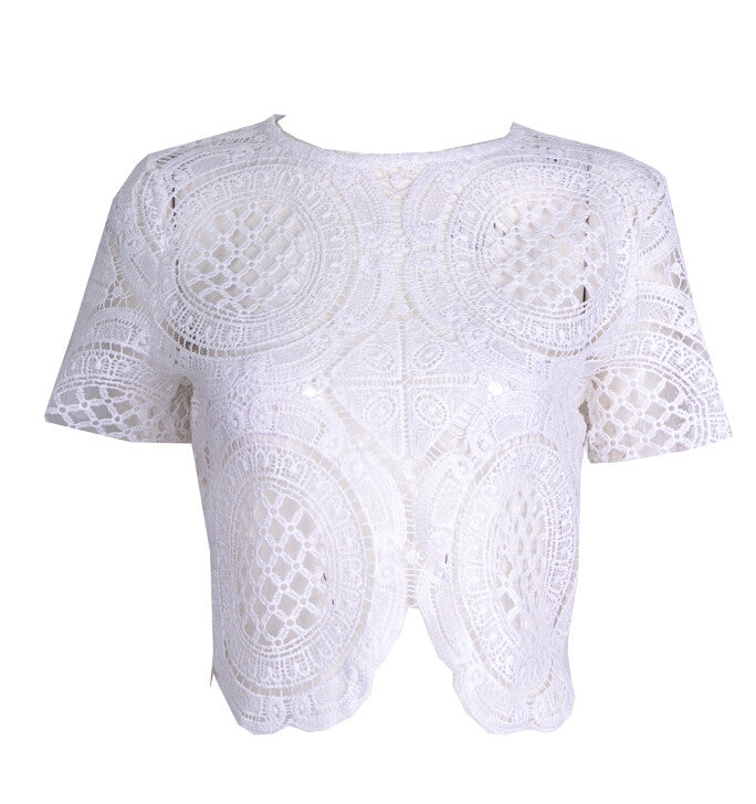 "Balmania ""White Walls"" Crochet Crop Top (2 colors available)"