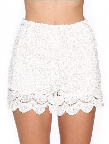 "CHIC ""White Crochet"" Laces Shorts"