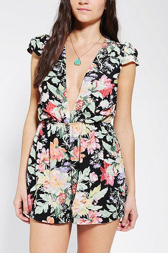 "CHIC ""Floral Royalty"" Flowers Print Romper"