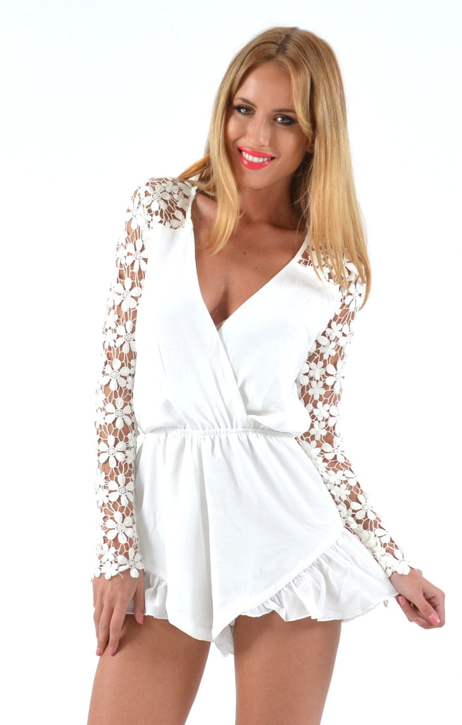 "CHIC ""All Suited Up"" Laces Romper (2 colors available)"