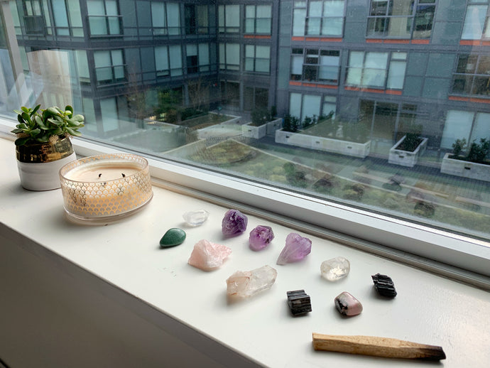 How to cleanse and charge your crystals