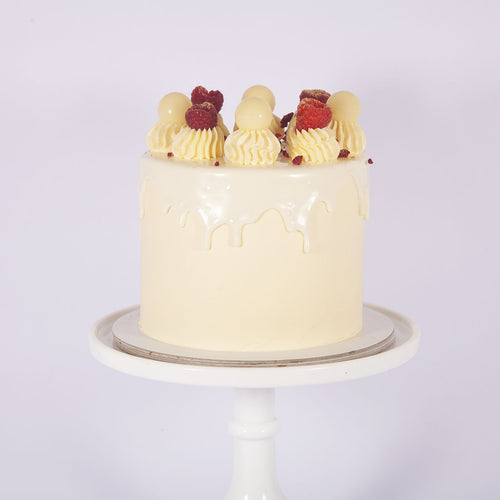 WHITE CHOCOLATE & RASPBERRY CAKE (Non gluten containing ingredients)