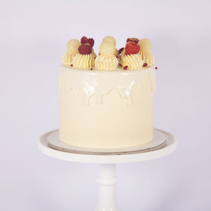 WHITE CHOCOLATE & RASPBERRY CAKE