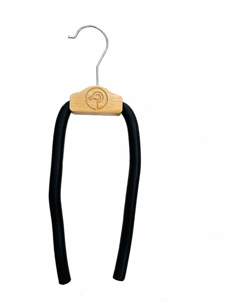one maple silver bendable, durable, versatile hanger that alleviates shoulder bumps, clothes slippage, and collar stretching created by regular hangers