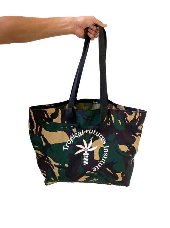 Market Beach Bag
