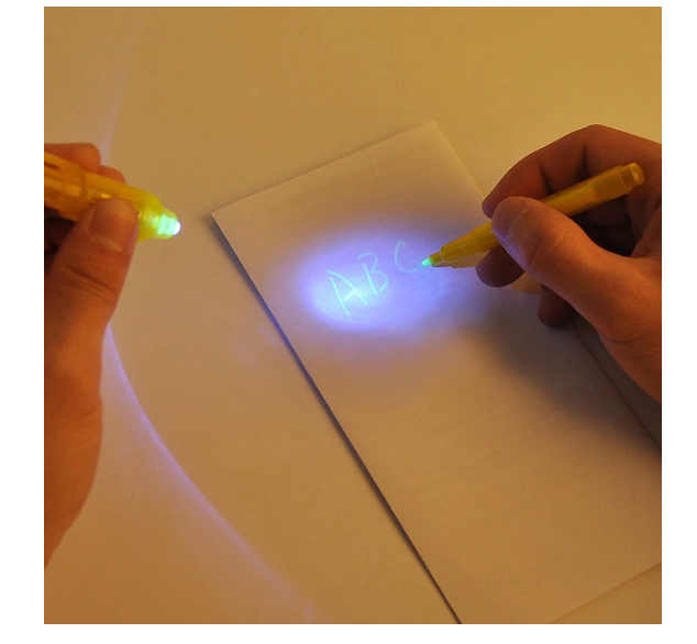 DGlow™ - Draw With Light - The Perfect Gift for Your Kiddo