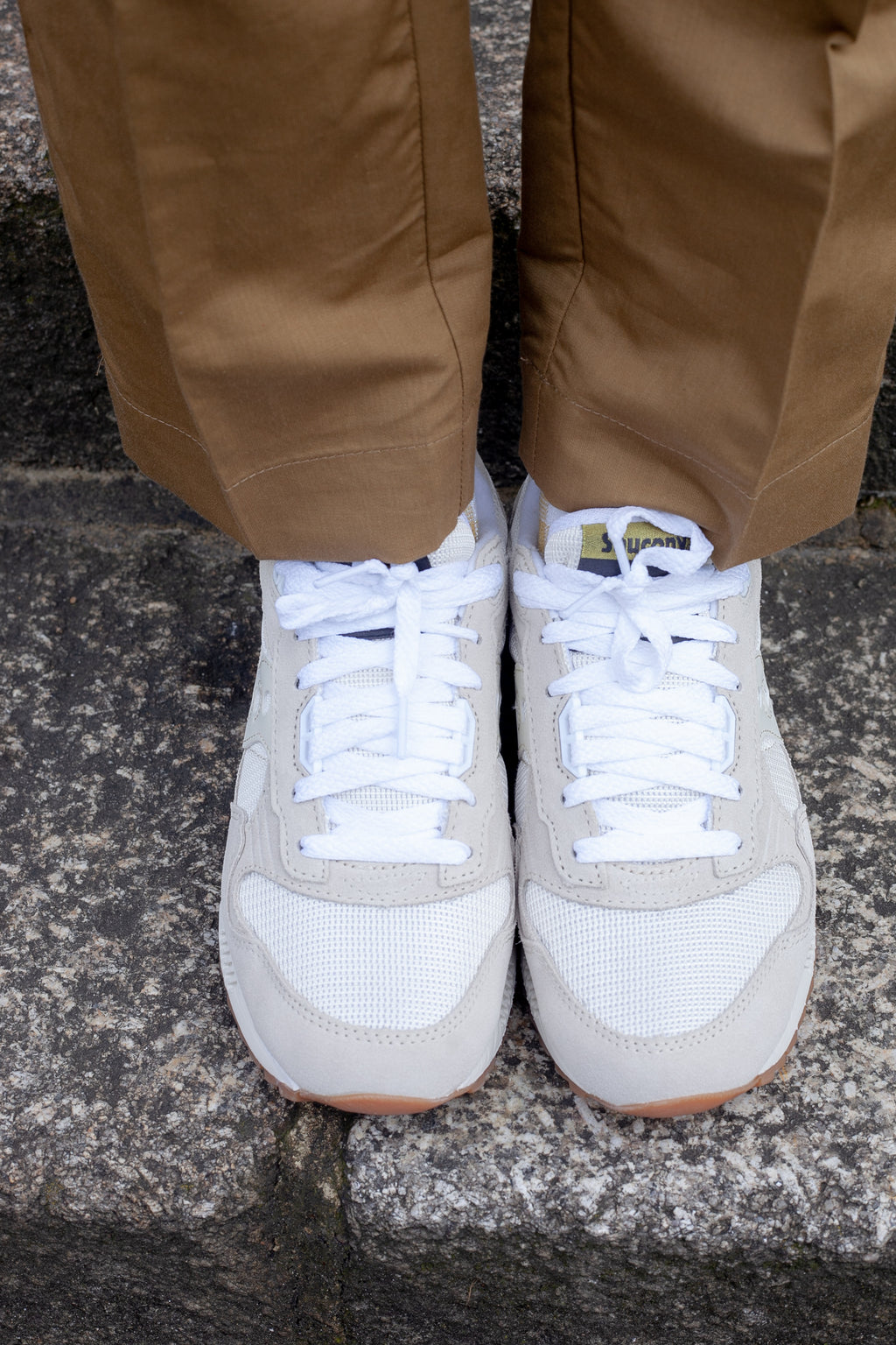 Saucony Unisex Shadow 5000 Tan & White Trainers - The Mercantile London