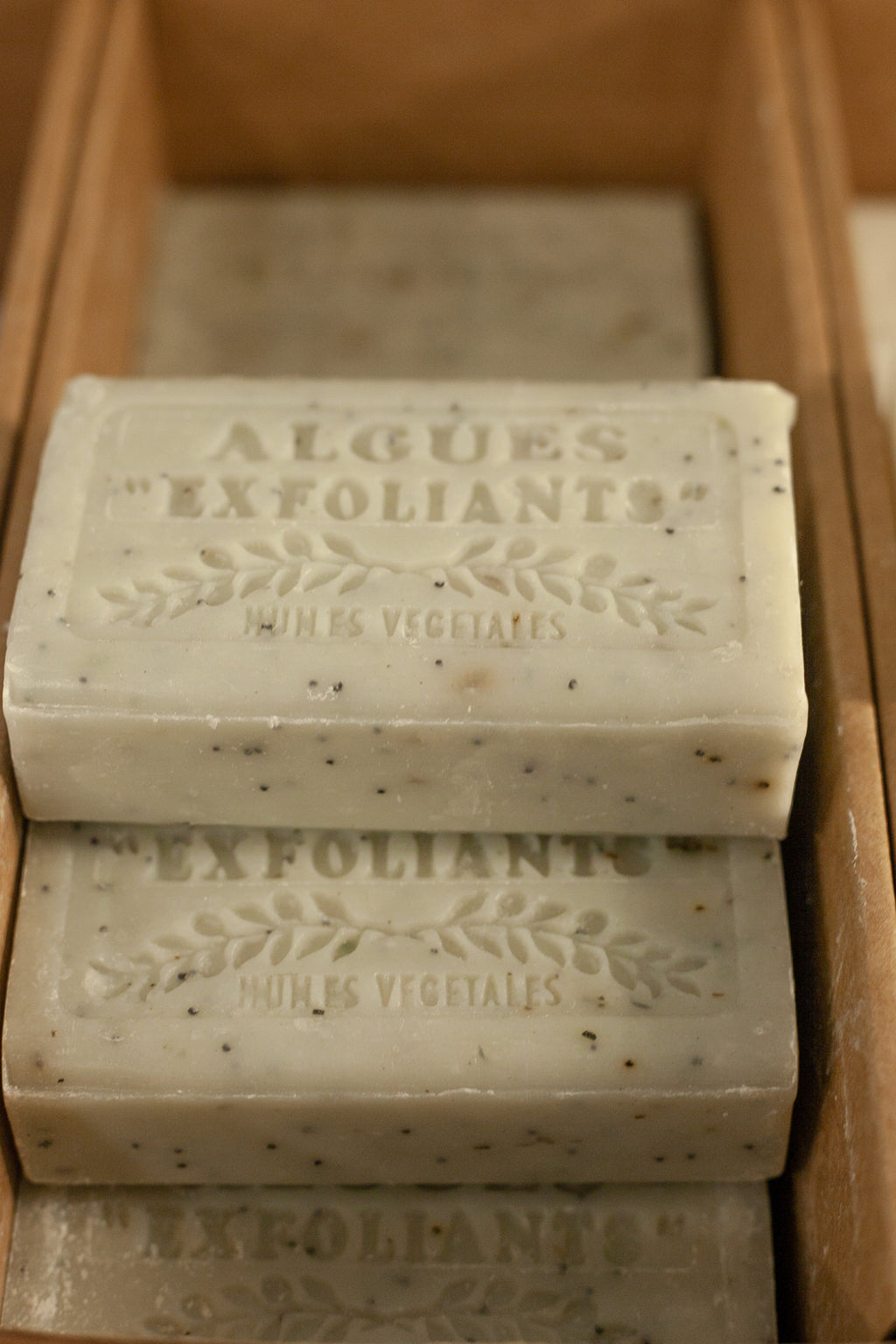Savon De Marseilles Algues Exfoliante Soap - The Mercantile London