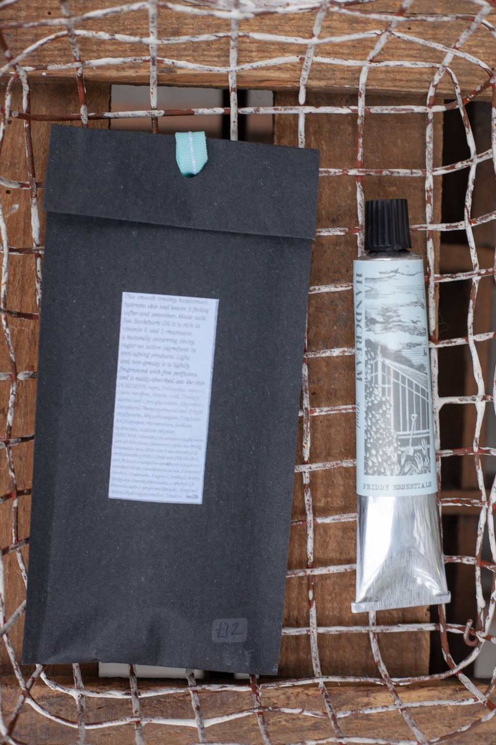 Priddy Essentials From The Glasshouse 30ml Hand Cream - The Mercantile London