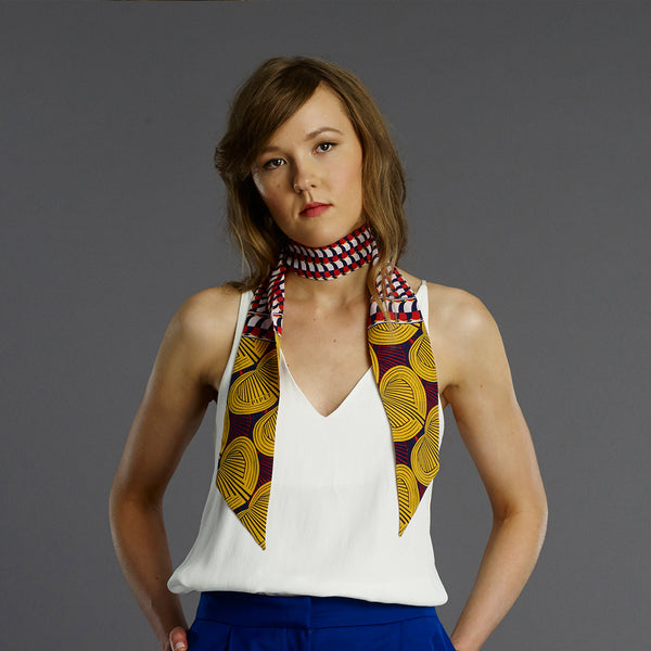 Capelletti Skinny scarf by PIPET for Fashion and Textile Museum