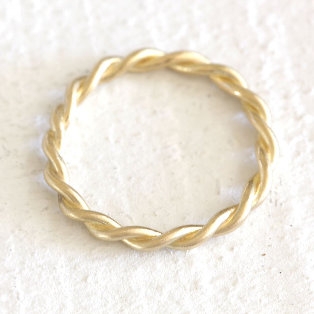 18k gold twisted wire rope ring - Praxis Jewelry
