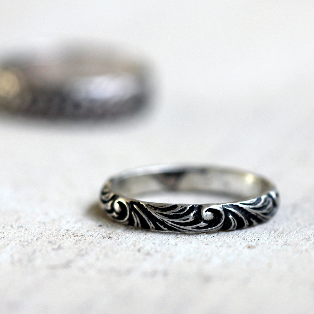 Renaissance pattern ring