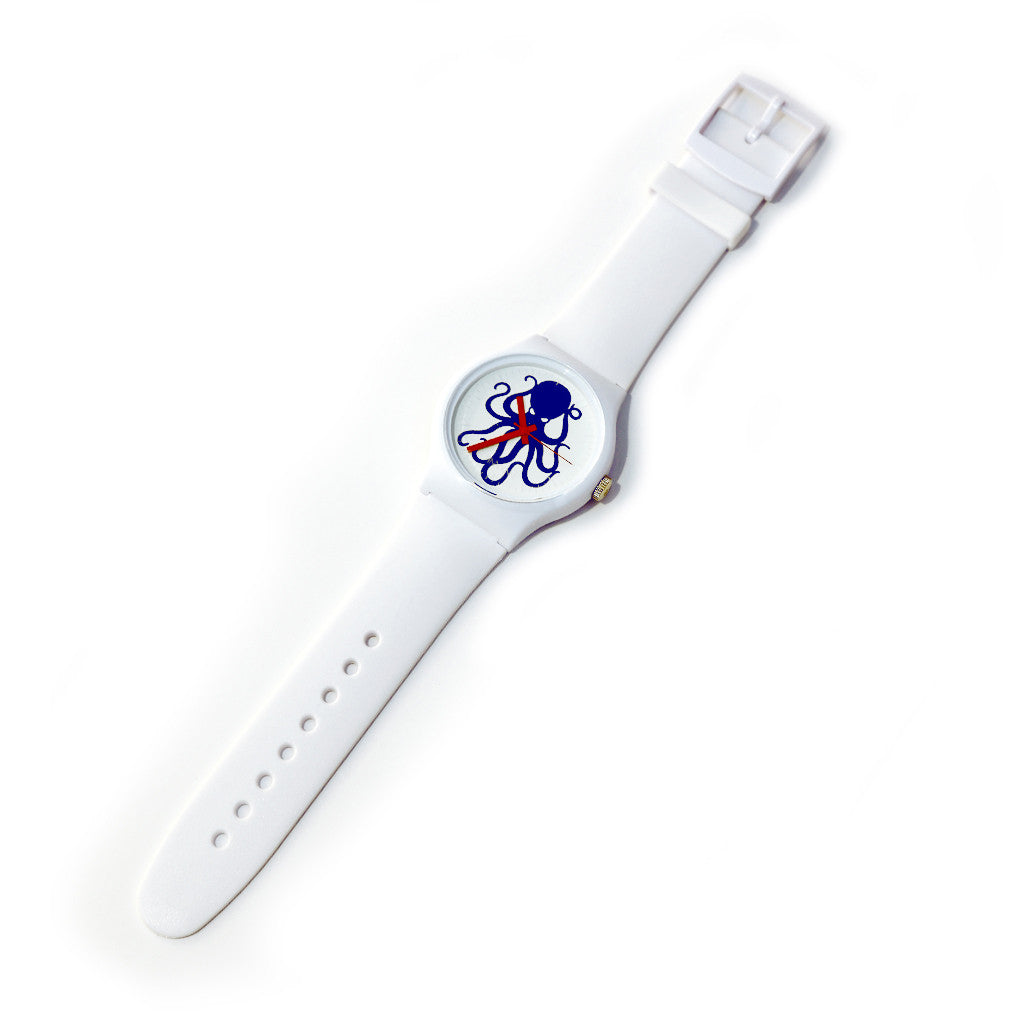 Vannen X HMNIM White collab watch