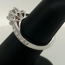 Load image into Gallery viewer, 14k Diamond Engagement Ring