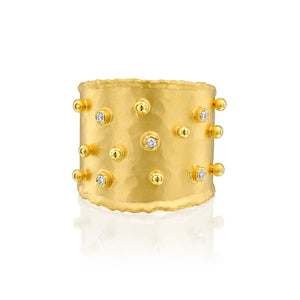 2969 - 14kt yellow hammered texture band ring with shiny gold dots and .05cttw white diamonds.