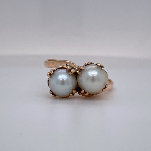 Estate Ladies European Handmade Pearl Ring