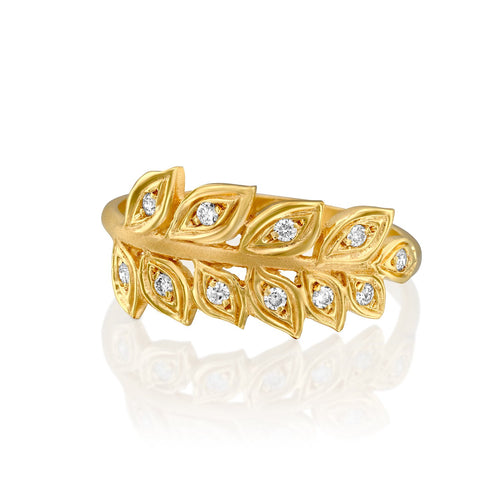 7026 - 14kt yellow gold wheat leaf ring with 0.11cttw white diamonds