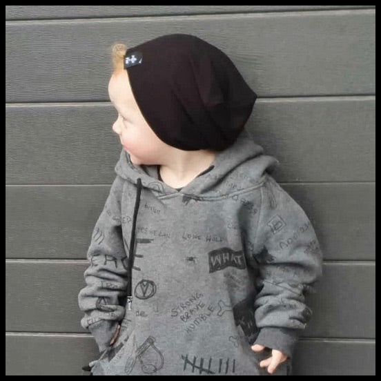 BLACK RIBBED BEANIE - MILLIE AND ROO