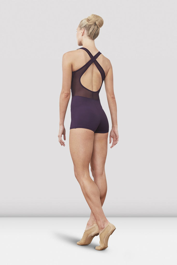 Quartz Bloch Ladies Ellora Zip Front Short Unitard on female model left leg beveled facing corner
