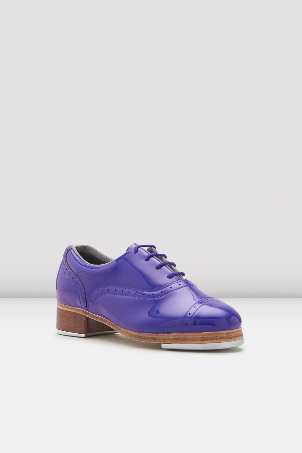 Dark blue patent Bloch Ladies Jason Samuels Smith Patent Tap Shoes single shoe side view focus on toe of shoe