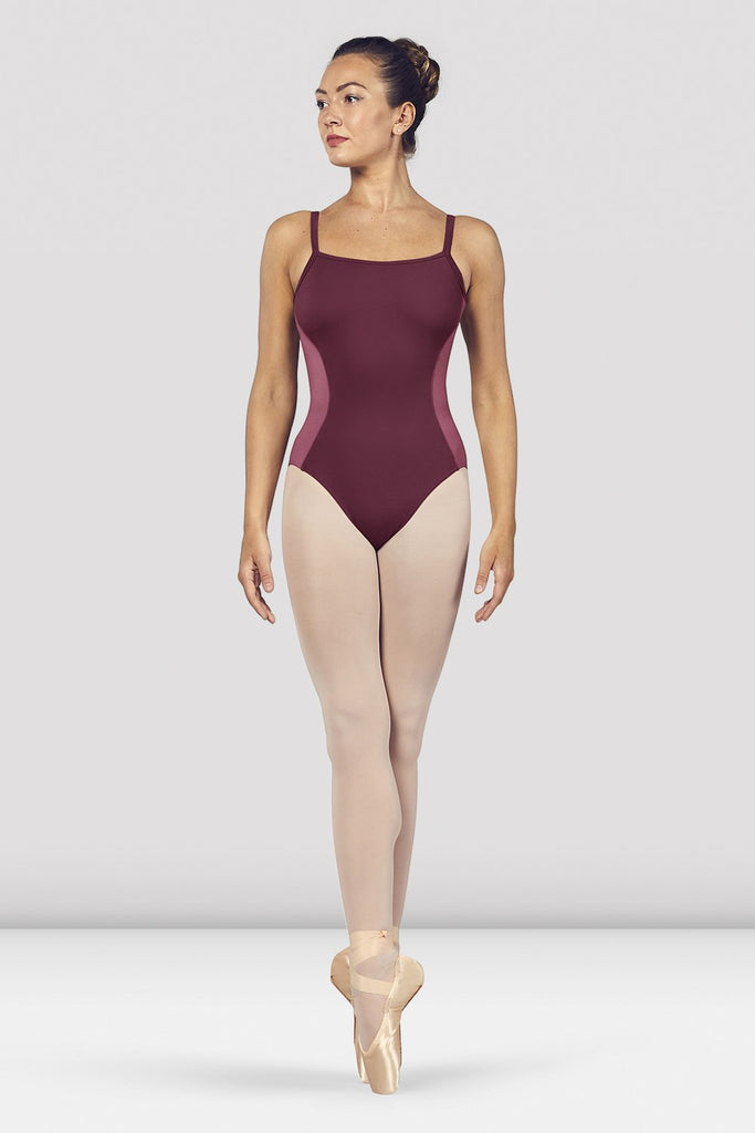 Dewberry Bloch Ladies Naila Scoop Neck Open Back Camisole Leotard on female model en pointe in fifth position