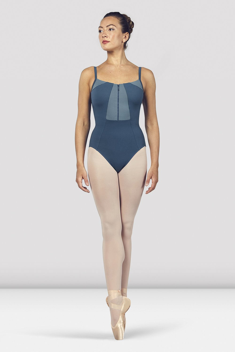 Seaport Bloch Ladies Vilette Zip Front Open Back Camisole Leotard on female model en pointe in fifth position